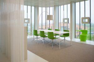 Drentea kantoormeubilair Den Haag vergaderruimte Heering Office