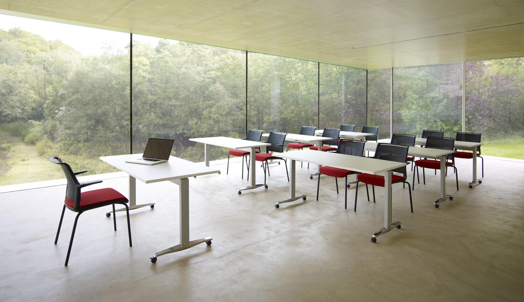 onderwijsmeubilair en schoolmeubilair Heering Office Den Haag