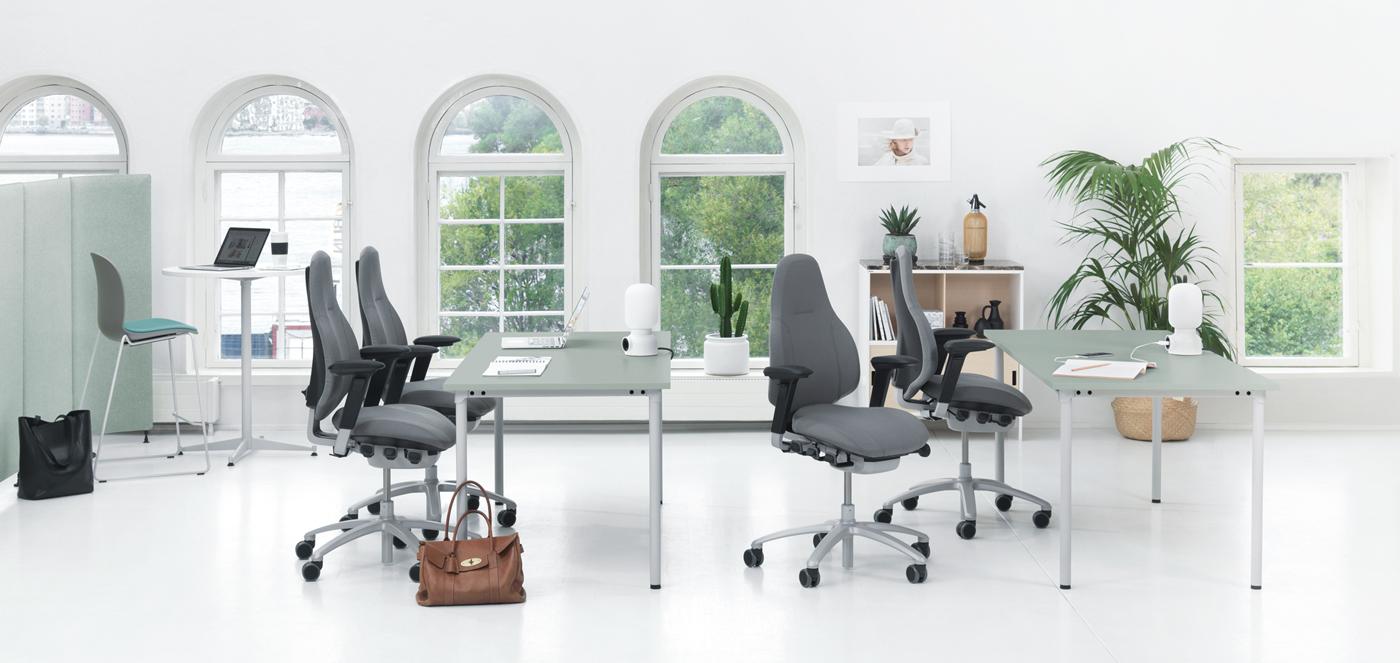 RH kantoormeubelen Den Haag bureaustoel mereo Heering Office