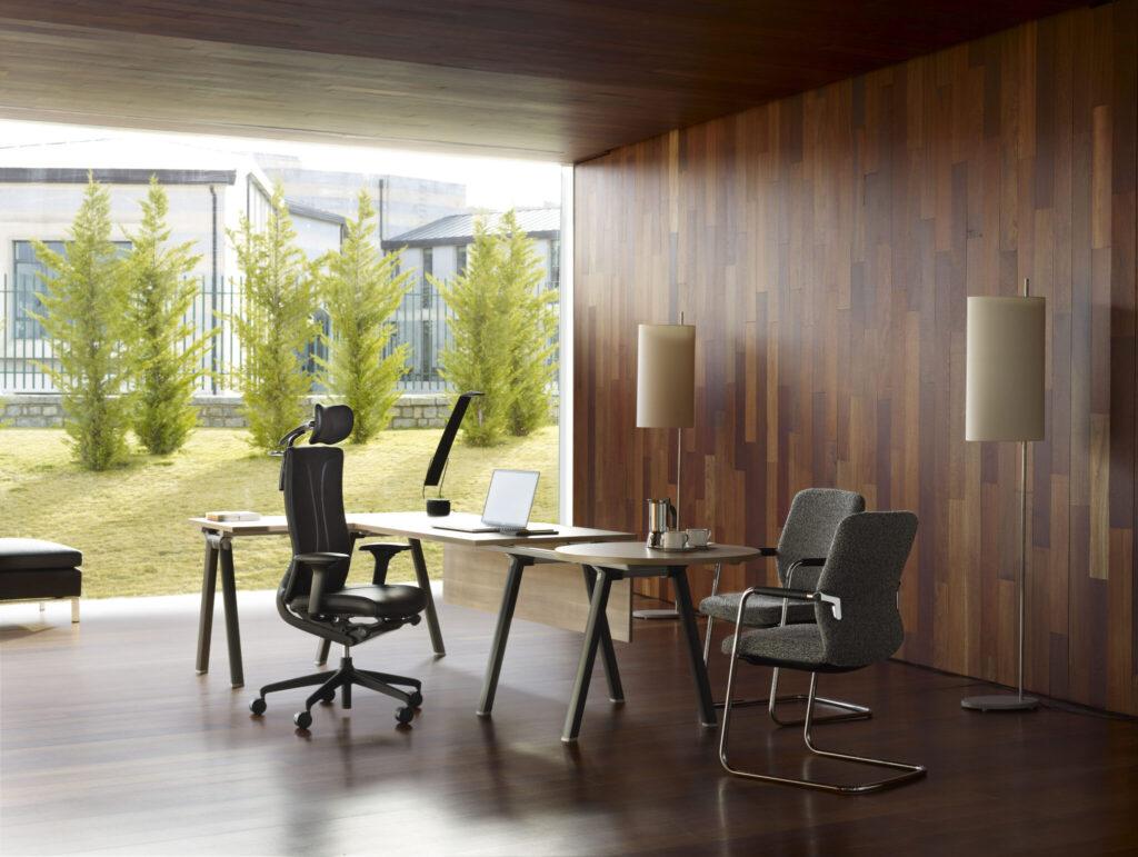 Senator kantoormeubelen Den Haag werkplek Heering Office