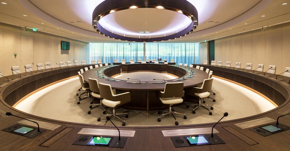 Thonet kantoormeubelen Den Haag conferentiemeubilair Heering Office