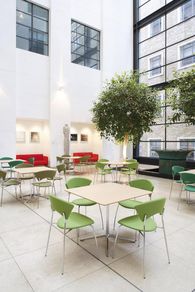 Torasen kantoormeubelen Den Haag Heering Office