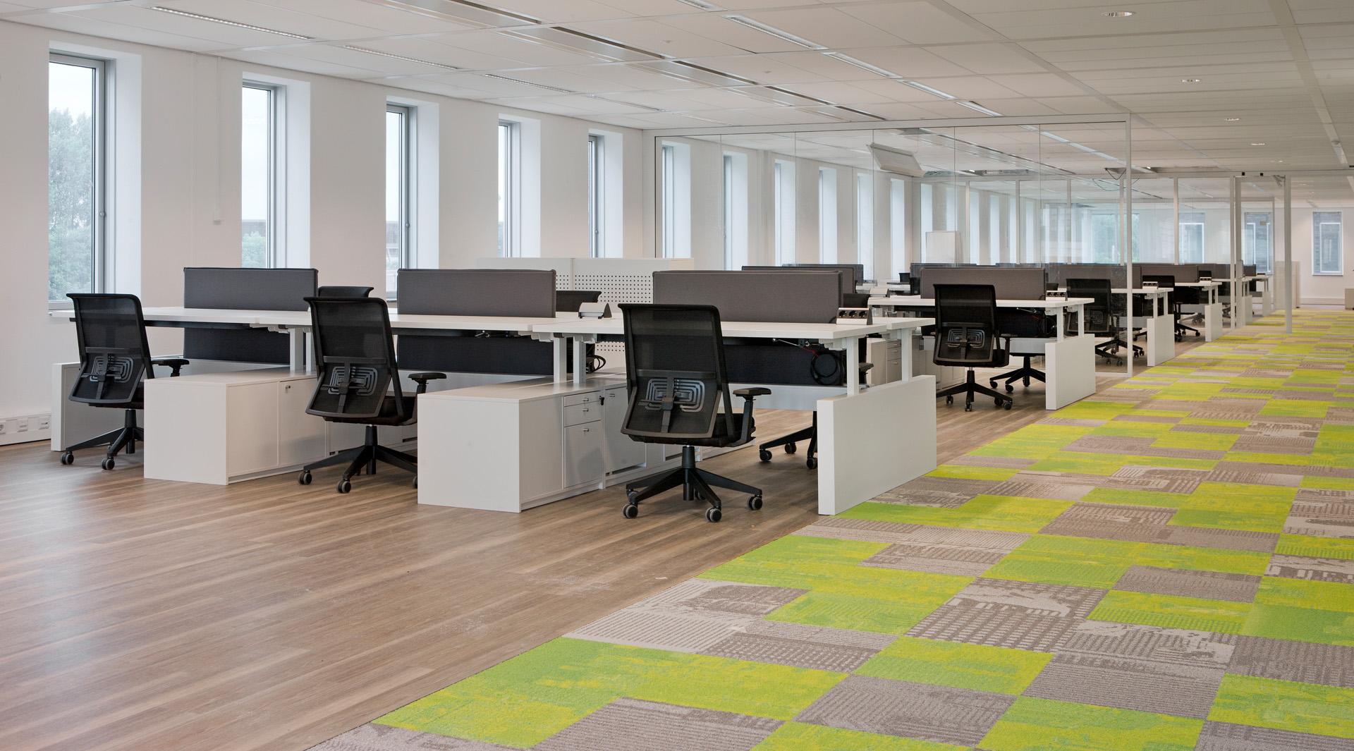 Vepa kantoormeubelen Den Haag kantoorinrichting - werkplek Heering Office