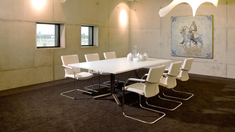 Vepa kantoormeubelen Den Haag vergadermeubilair Heering Office