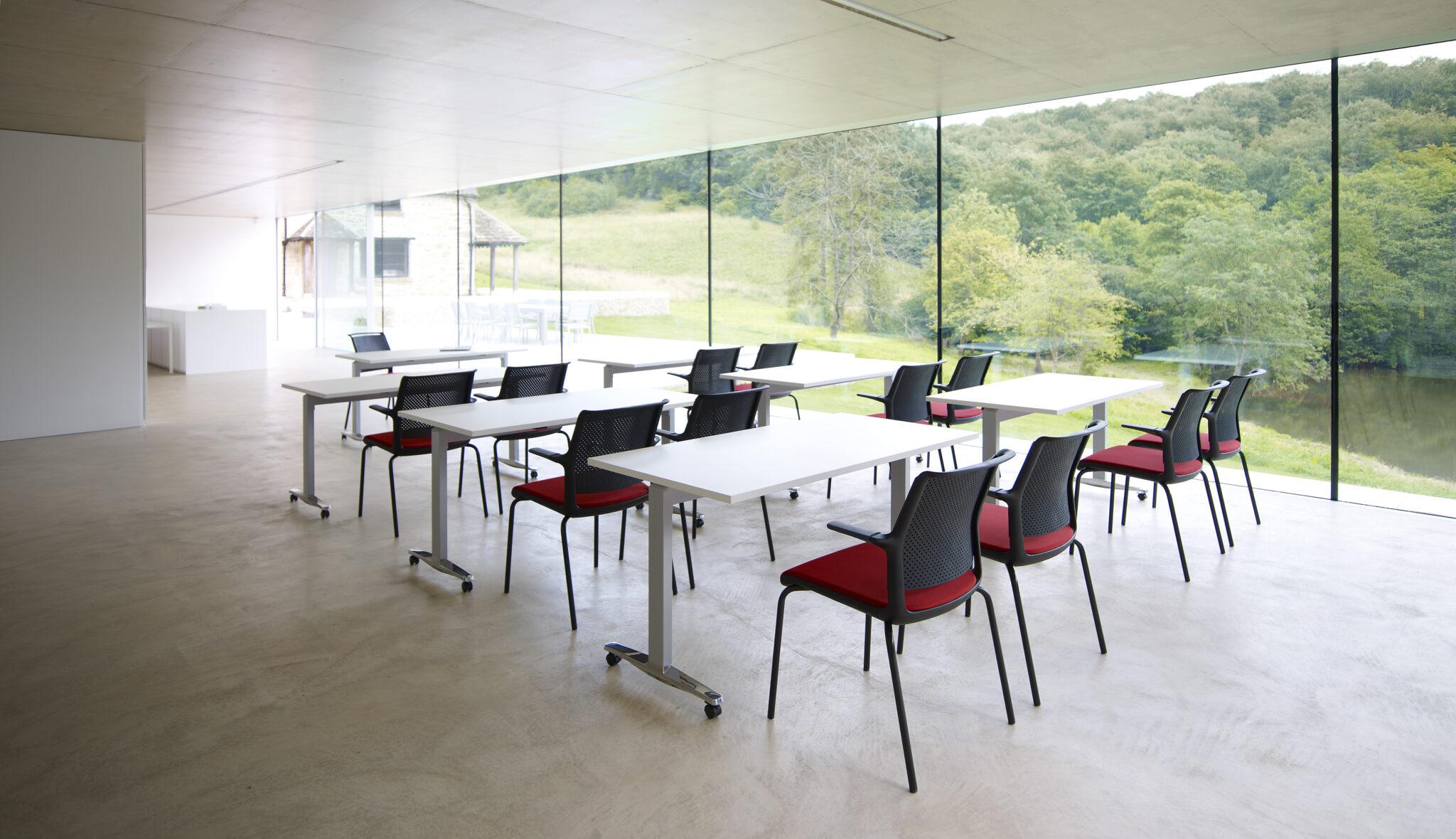 Senator schoolmeubilair onderwijsmeubilair Heering Office Den Haag