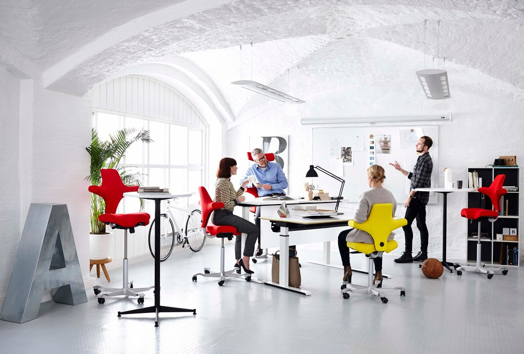 ergonomische stoel Capisco Heering Office Den Haag
