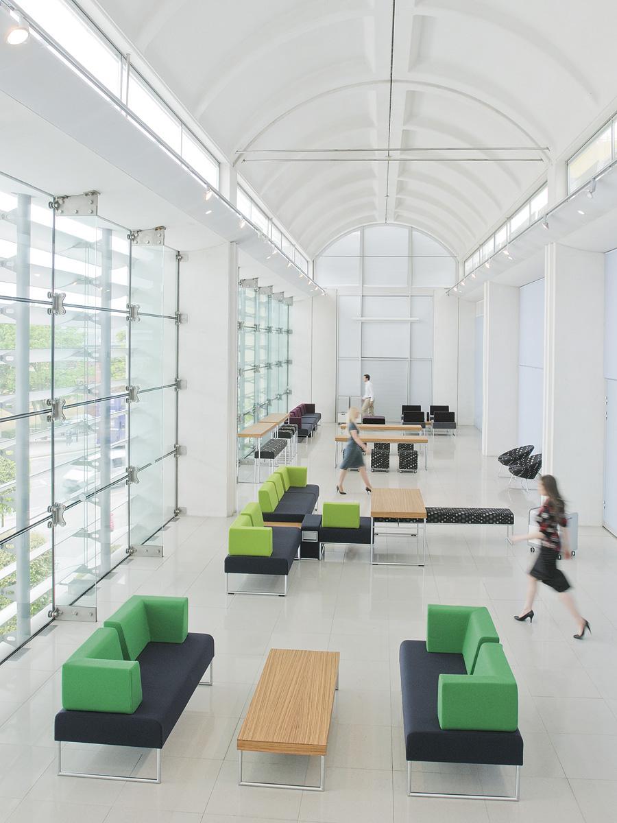 Senator - Allermuir ontvangstmeubilair - receptie - loungemeubilair Heering Office Den Haag 5