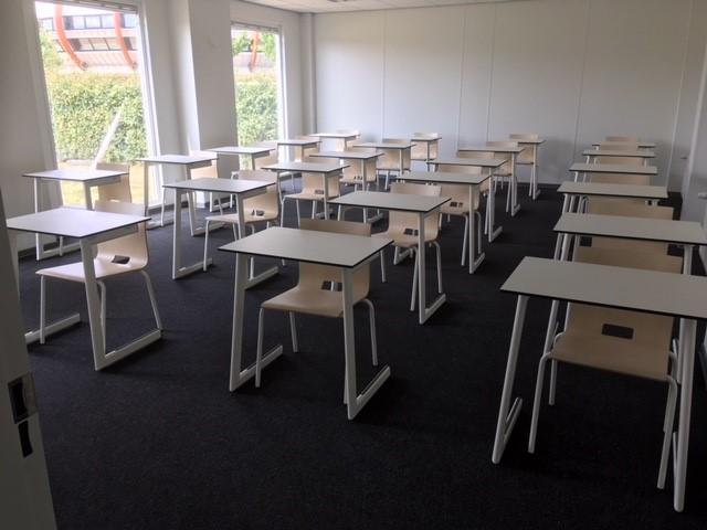 leerlingensetjes onderwijsmeubilair en schoolmeubilair Heering Office Den Haag