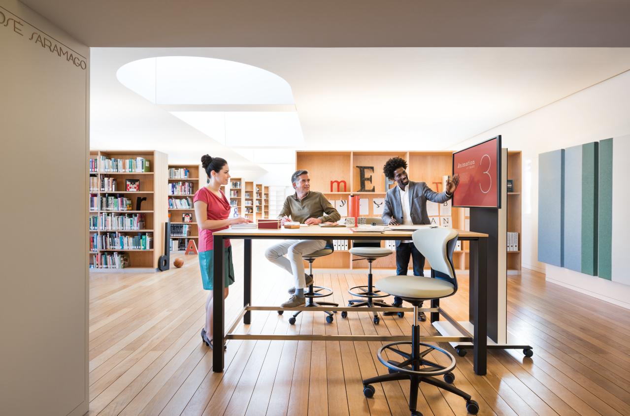Presentatiemeubilair Heering Office Den Haag