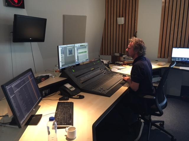 radio-opname Omroep West Heering Office Den Haag