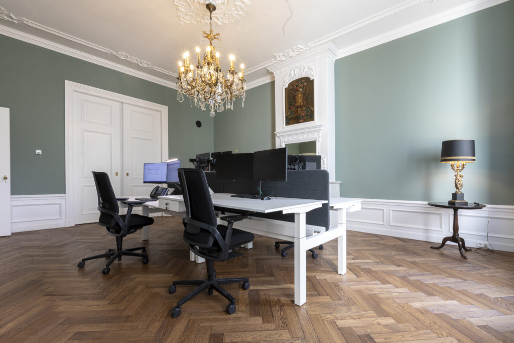MDM Accountants Heering Office Den Haag