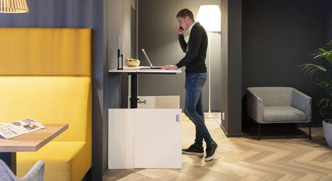 thuiswerkplek opgeborgen in een kast Heering Office Den Haag